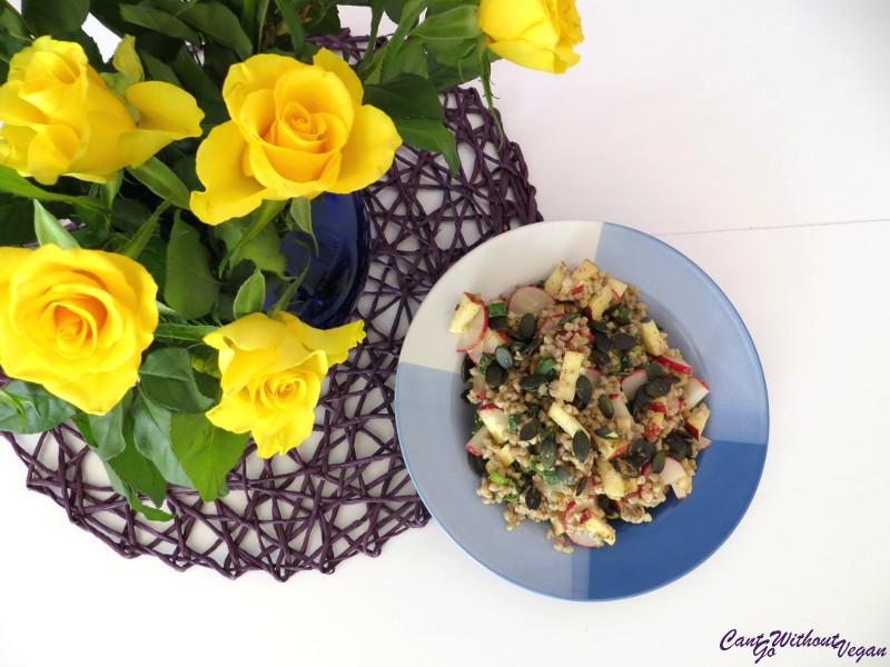 Buchweizen-Radieschen Salat